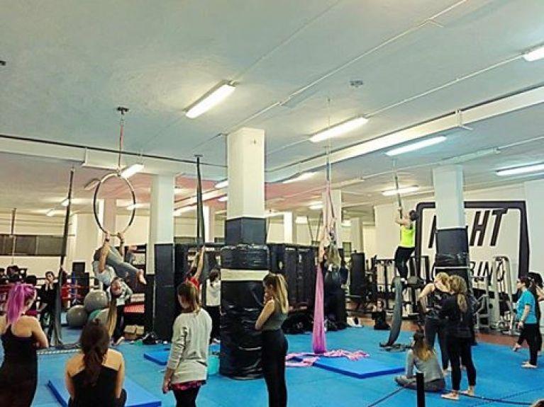 Corso di Acrobatica Aerea Pescara - Fight Clubbing GYM